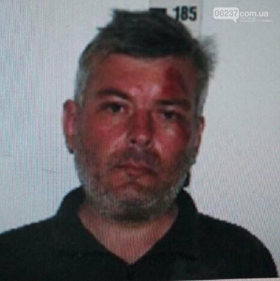 В Киеве полиция разыскивает мужчину за надругательство над детьми, фото-1