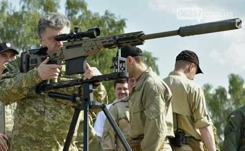 Порошенко сам купує зброю й передає її армії, фото-1