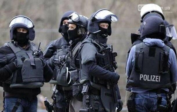 В Германии эвакуировали ярмарку из-за подозрительного пакета, фото-1