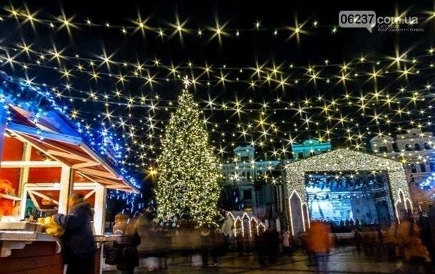Украина впервые отмечает католическое Рождество, фото-1