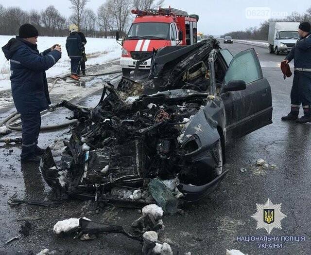 Страшная авария в Харькове: погибли четыре человека, фото-1