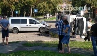 В оккупированном Донецке перевернулся микроавтобус с детьми, фото-1
