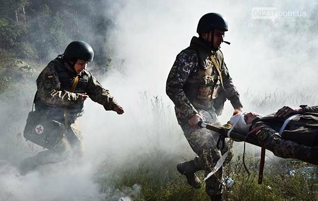 На Донбассе за сутки ранены трое украинских военных, фото-1