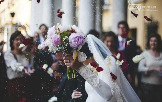 Магия чисел: в Украине почти три тысячи пар хотят вступить в брак в один день, фото-1