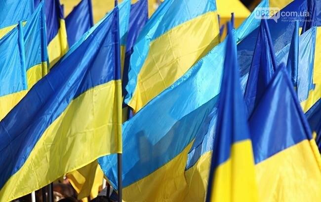 """""""Это неуважение, так нельзя"""": Лариса Ницой выступила за чистоту цвета украинского флага, фото-1"""