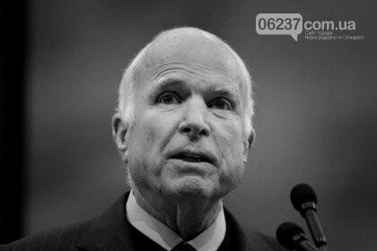 Умер сенатор США Джон Маккейн, фото-1