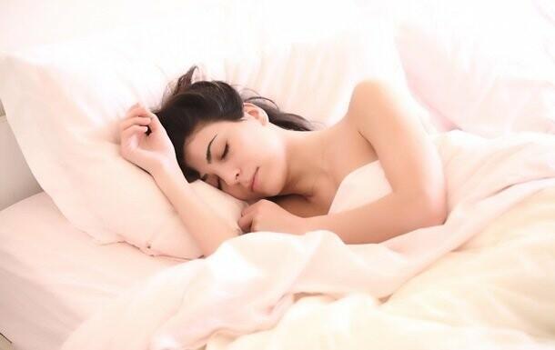 Ученые установили продолжительность сна, продлевающую жизнь, фото-1