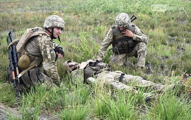 На Донбассе за день ранен один украинский военный, - ООС, фото-1