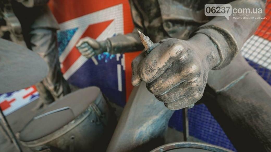 «Власти» ОРДО объяснили, куда исчезли фигуры «Битлз», стоявшие возле «Ливерпуля», фото-1