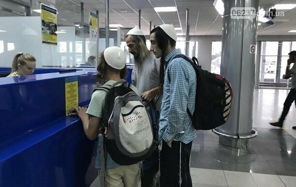 В Украину прибыли почти 30 тысяч хасидов, фото-1