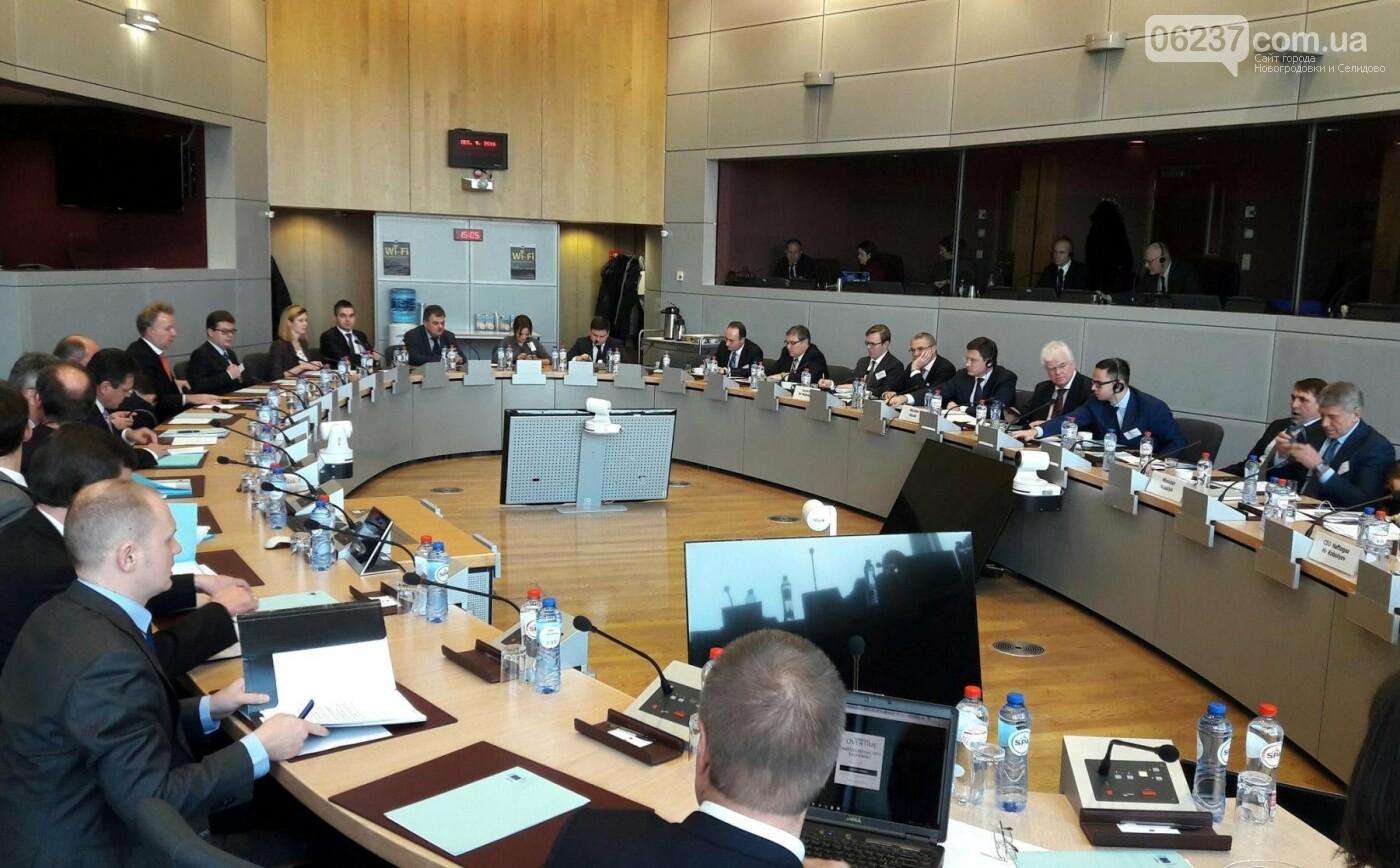 Газовые переговоры ЕС, Украины и РФ на экспертном уровне начнутся 12 сентября, фото-1