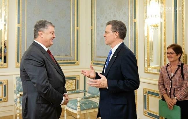 Порошенко обсудил с послом США состояние религиозной свободы в Украине, фото-1