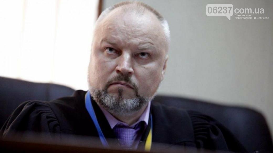 Совершено нападение на судью, который ведет дело о расстрелах на Майдане, фото-1