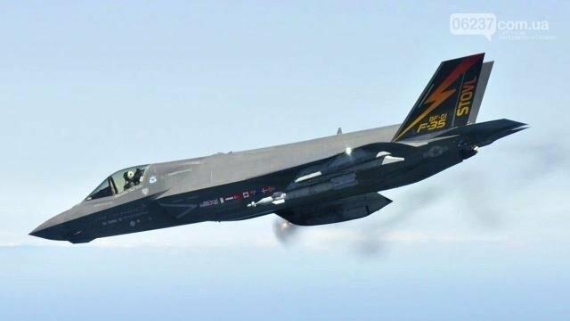 В США впервые разбился новейший истребитель F-35B, фото-1