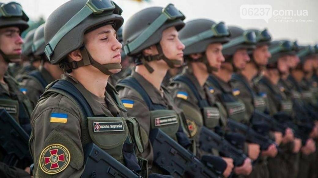 В Украине сегодня стартовал осенний призыв в армию, фото-1