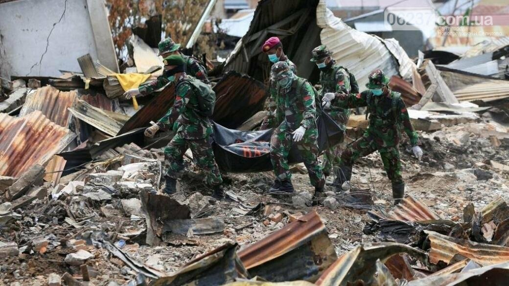 Власти Индонезии сообщили о прекращении поиска жертв землетрясения, фото-1