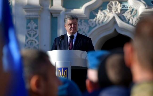 Украина никогда не была и не будет канонической территорией Российской православной церкви, - Порошенко, фото-1