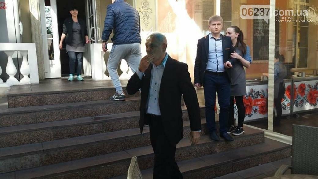 В Запорожье руководителя пророссийской организации облили зеленкой, фото-1