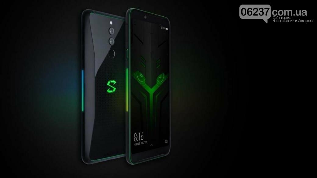 С 10 ГБ оперативной памяти: Xiaomi представила уникальный смартфон, фото-1