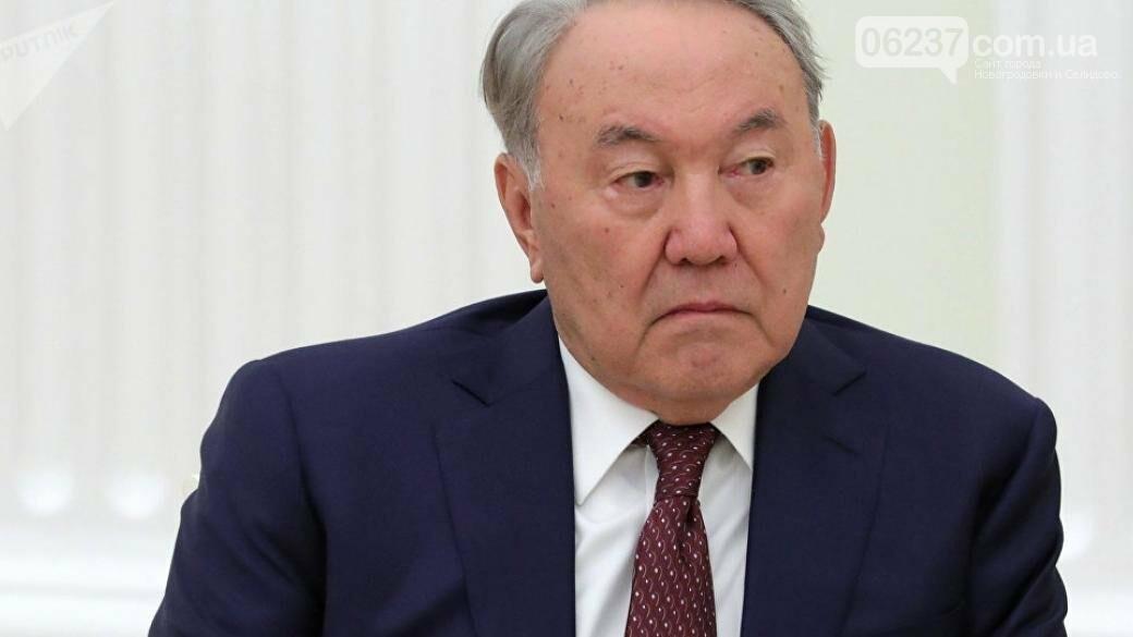 Назарбаев не верит, что Путин намерен «отхватить» кусок Украины, фото-1
