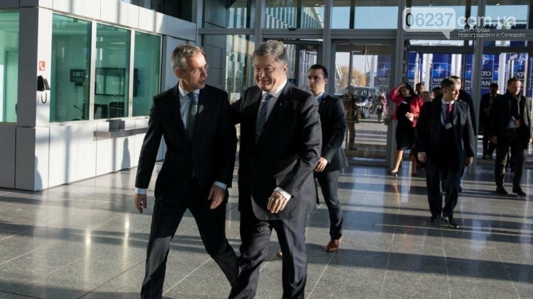 НАТО передал Украине партию военного оборудования, фото-1