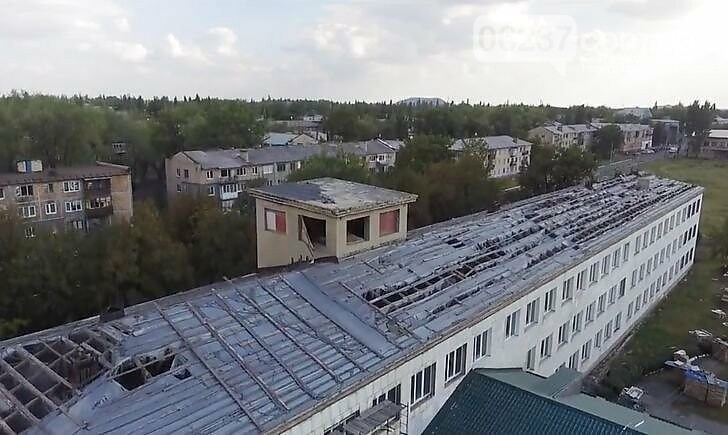 Суд взыскал с подрядчика по ремонту школы на Донетчине более 6 млн грн, фото-1