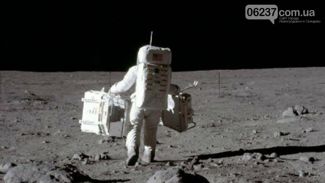 Вещи первого космонавта продали на аукционе, фото-1