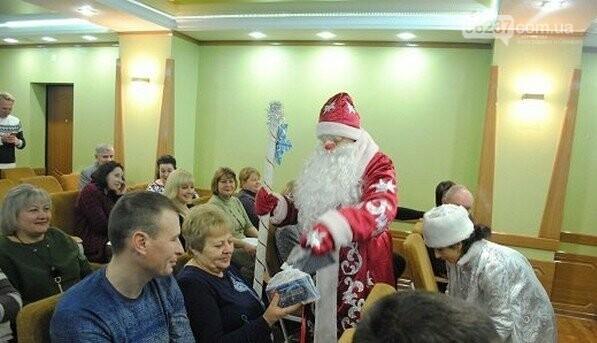В Новогродовке на аппаратное совещание при городском голове пришел Дед Мороз, фото-2