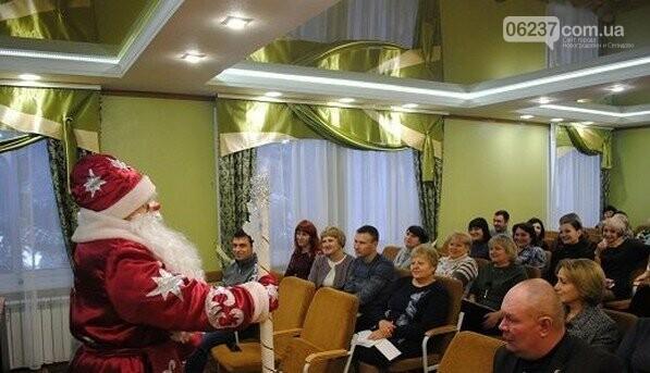 В Новогродовке на аппаратное совещание при городском голове пришел Дед Мороз, фото-3