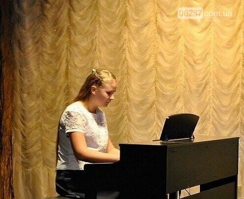 Новогродовские музыканты успешно выступили на Всеукраинском фестивале, фото-2