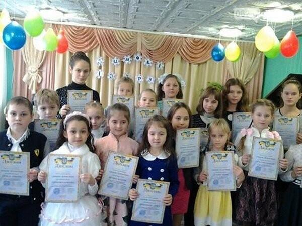 Новогродовские музыканты продемонстрировали свои таланты на конкурсе юных пианистов, фото-1