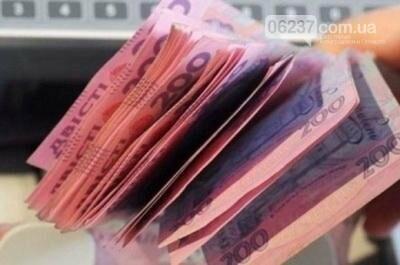 Повышение пенсий в марте: кто из украинцев увидит увеличение доходов, а кому дадут только одноразовую выплату, фото-1