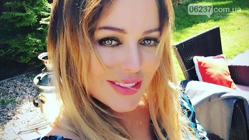 Не перенесла операцию: скончалась российская певица Юлия Началова, фото-1