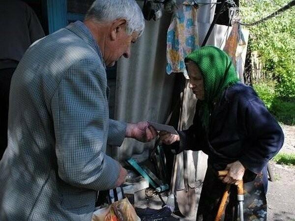 В Новогродовке ветеранов поздравили с Днем Победы, фото-1