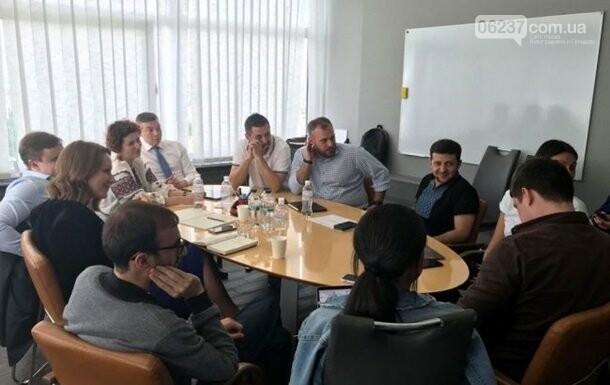 Зеленский рассказал, как будет отбирать глав ОГА, фото-1