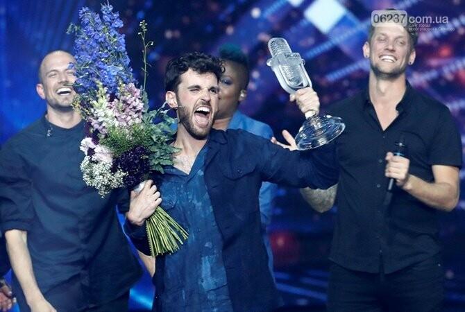 Победитель «Евровидения-2019» вернулся на родину, фото-1
