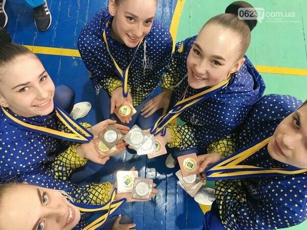 Спортсменки из Горняка успешно выступили на чемпионате Украины по спортивной аэробике и фитнесу, фото-1