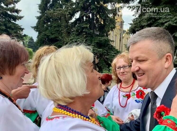 Громада выступила с инициативой о выдвижении главы Марьинской райгосадминистрации кандидатом в депутаты Верховной Рады , фото-1