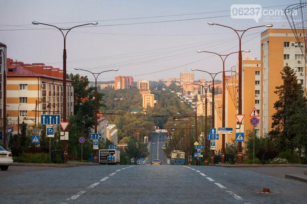 Мертвые для бизнеса: как сейчас выглядят центральные улицы Донецка, фото-1