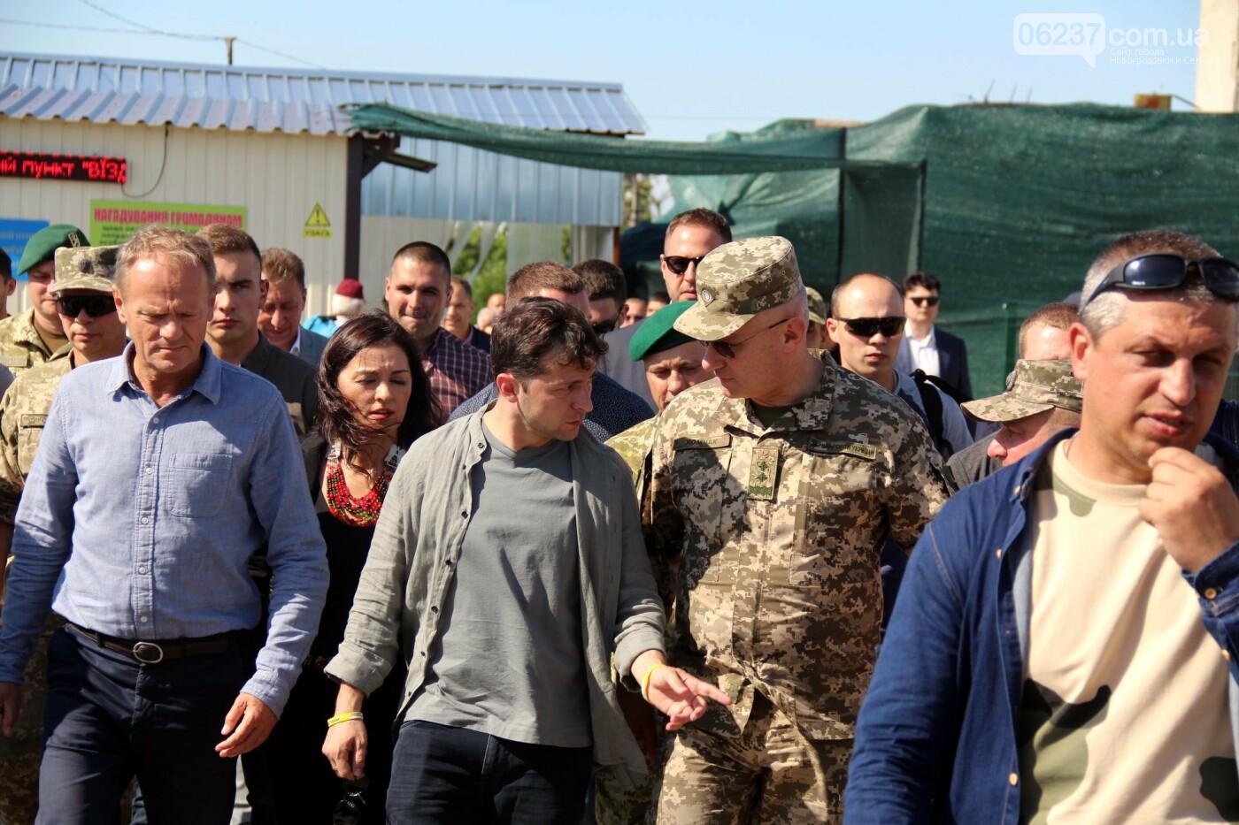 Туск подвел итоги визита в Станицу Луганскую, фото-1