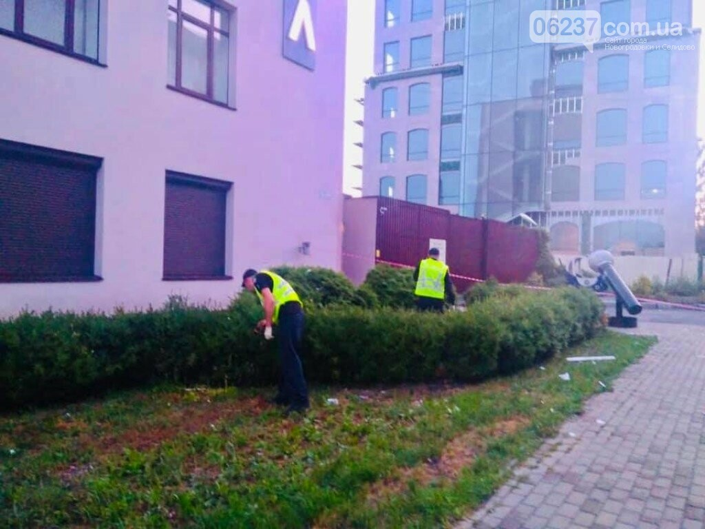 СРОЧНО! Здание телеканала «112 Украина» обстреляли из гранатомета, фото-5