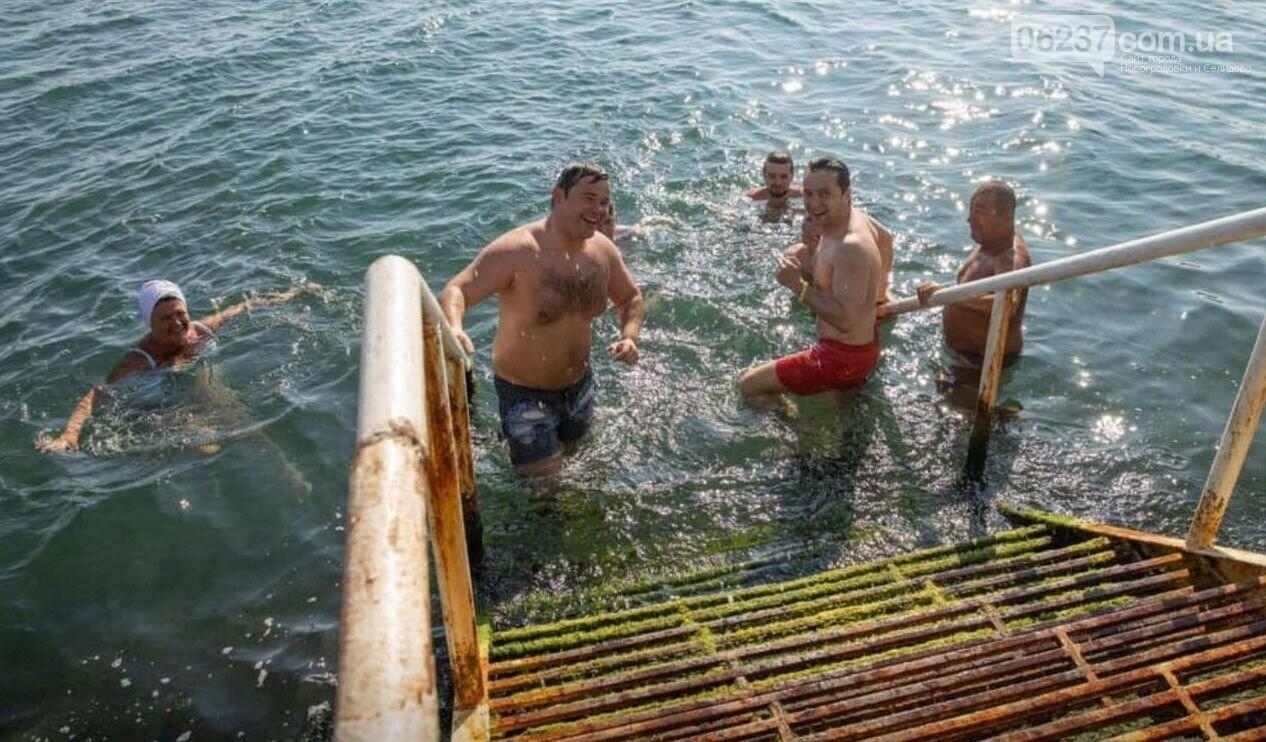 Зеленский со своей командой искупался в Черном море в Одессе, фото-3