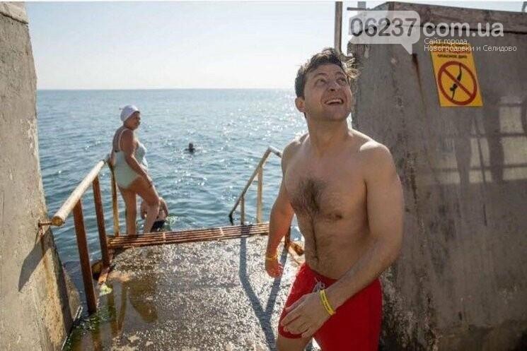 Зеленский со своей командой искупался в Черном море в Одессе, фото-1