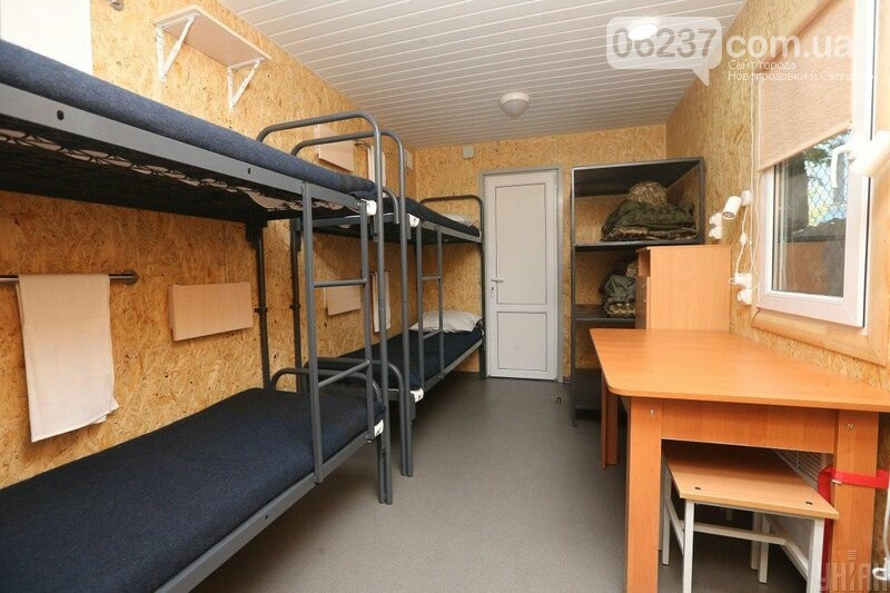 В Донбассе военных обеспечат мобильными домиками с кондиционером, отоплением и душем, фото-1