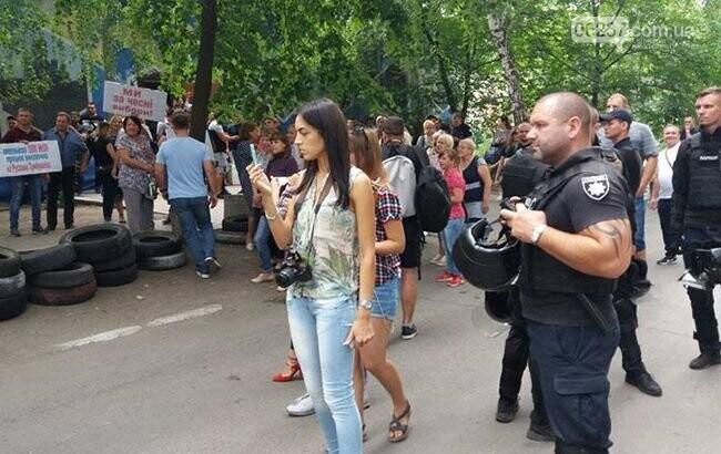 В Донецкой области начались протесты из-за подсчета голосов, фото-1