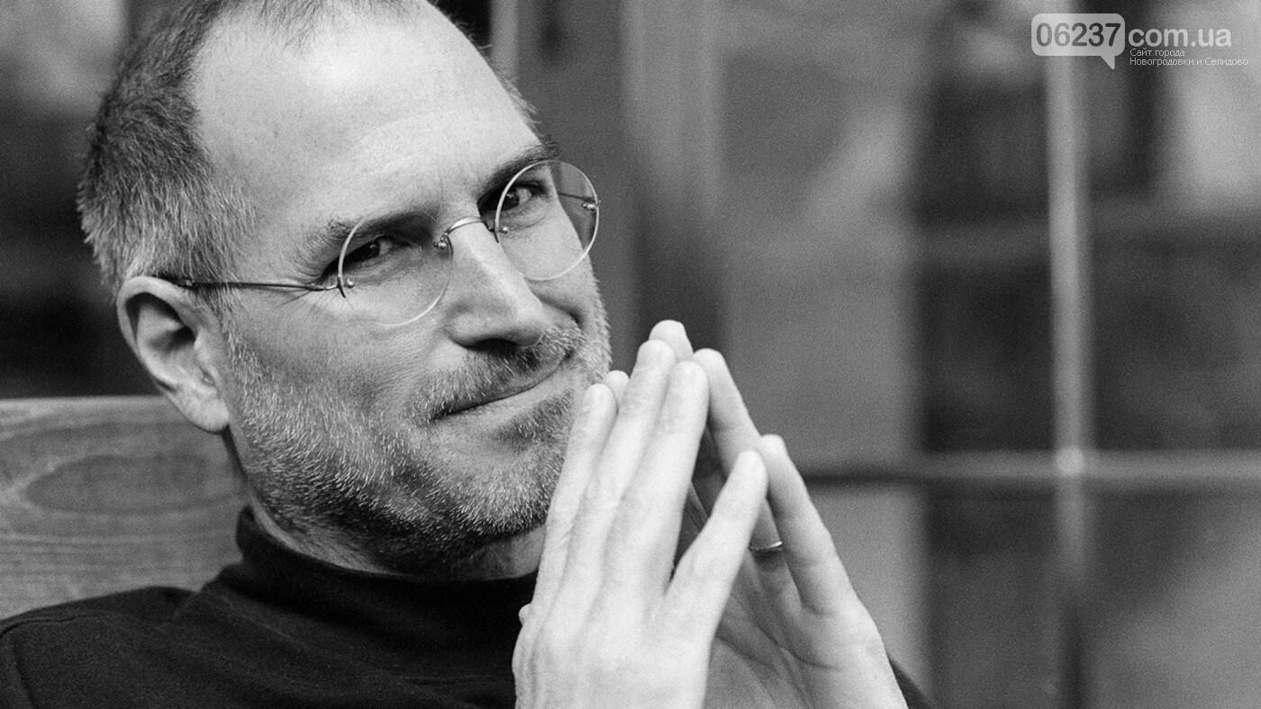 В Сеть попало фото двойника Стива Джобса, пользователи сомневаются в смерти создателя Apple, фото-1