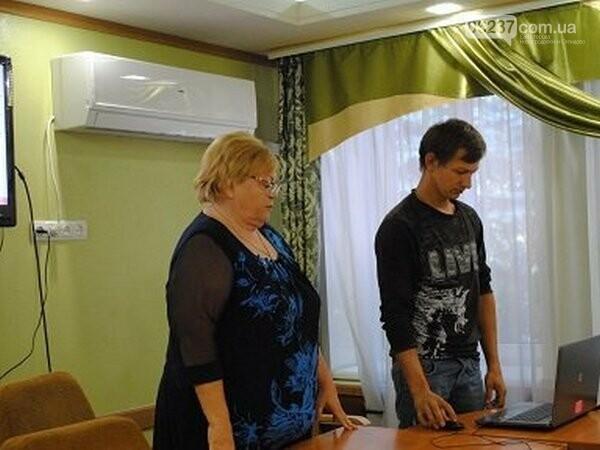 В Новогродовке почтили память погибших защитников Украины, фото-1