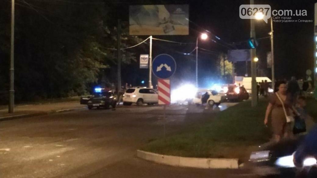 «Батюшка летел на Хюндае»: в соцсети рассказали подробности аварии в Макеевке, фото-1