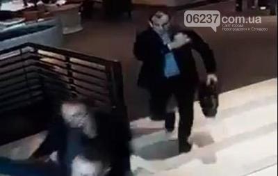 В Киеве у бизнесмена из сумки украли $35 000, фото-1