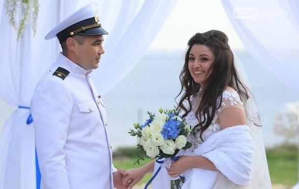 Освобожденный моряк Беспальченко отпраздновал свадьбу, фото-1